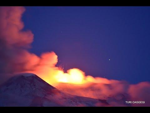 Etna New Paroxysm! 21 may 2016 at dawn - Nuovo parossismo, alba 21 maggio 2016